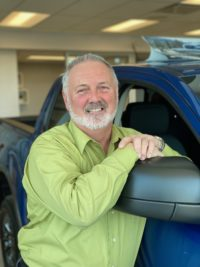 Gino Richot : Sales Manager